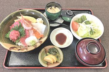 ▲海鮮丼(1380円)