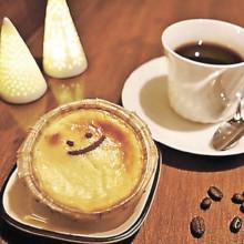 ▲ご機嫌チーズケーキと自家焙煎ブレンドコーヒーのセット(同650円)