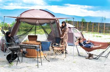 ▲施設利用料には、テントやタープ、BBQコンロ、ハンモック、テーブル、イスなどが組み込まれている