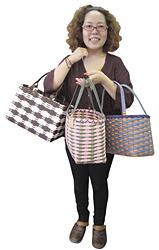 人気商品のクラフトかごバッグは2千円台から。すべて一点物