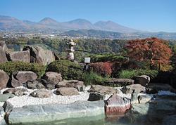 浅間山を望む露天風呂