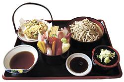 海鮮丼セット(1300円)
