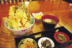 ボリューム満点「岩魚天丼」800円