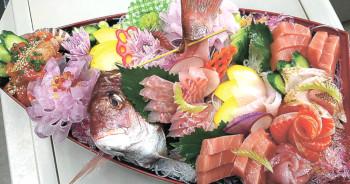 ▲刺身盛り合わせ(1万円)